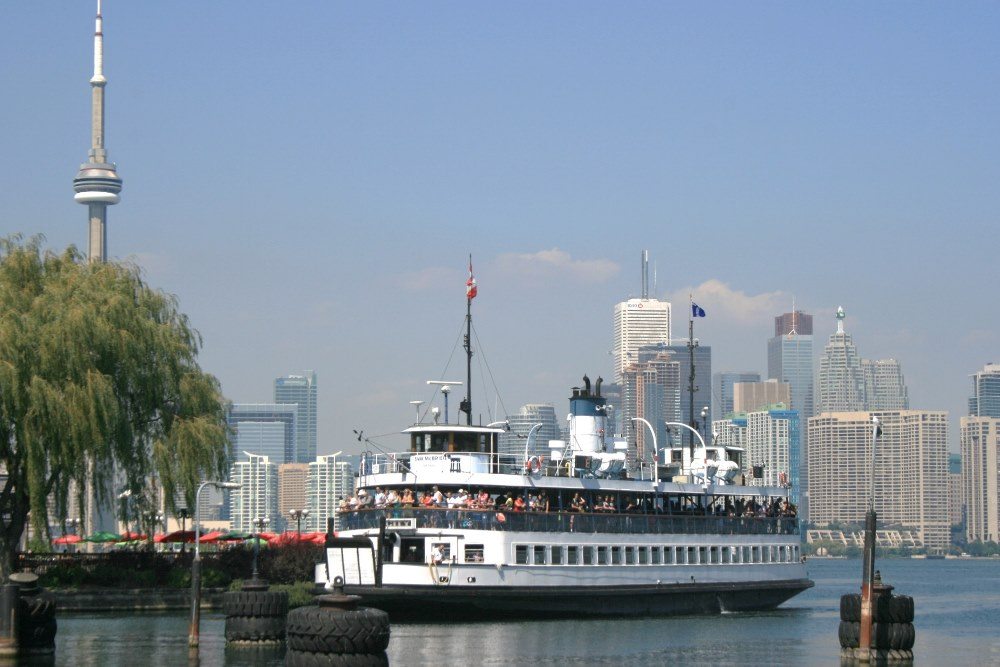 06 Toronto Ferry